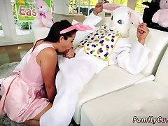 Casual teen sex very first time Uncle Shag Bunny