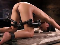 Kinky Slut Enjoys to Get Tortured