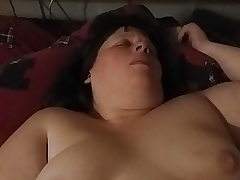 Plus-size Wifey jerking with her toy.
